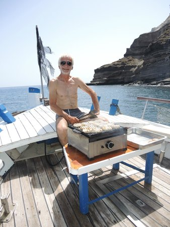 Captain George Santorini Yachting: Grilling fresh fish for lunch