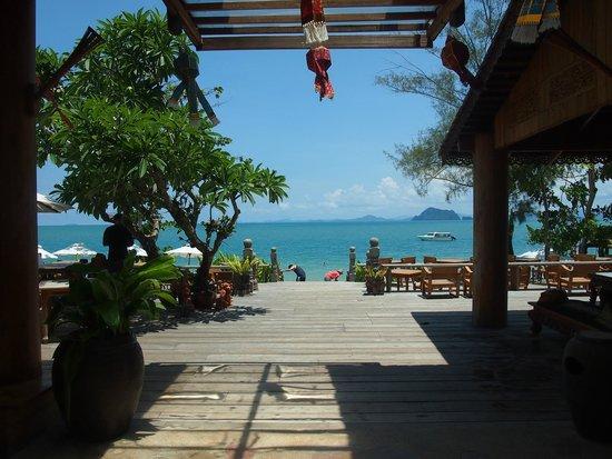 Santhiya Koh Yao Yai Resort & Spa : View of the beach