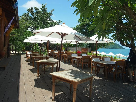 Santhiya Koh Yao Yai Resort & Spa : Breakfast area