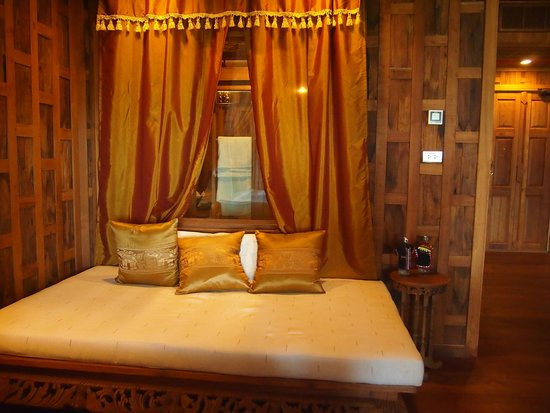 Santhiya Koh Yao Yai Resort & Spa : One of the sections in the room