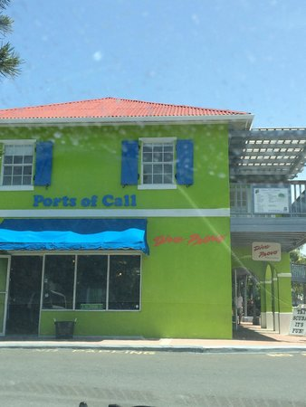 Ports of Call Resort: Dive Provo shop at The Plaza