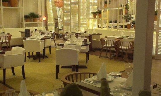 H10 Conquistador : Restaurant
