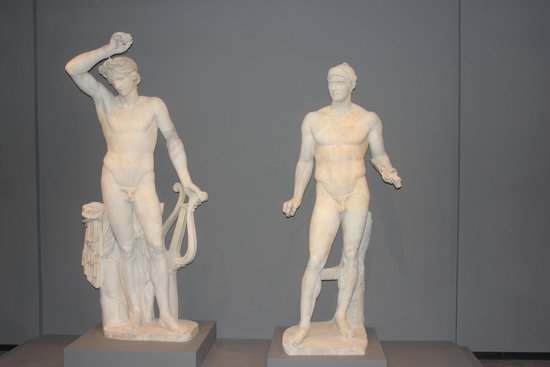 Chrysler Museum of Art: Ancient marble statues