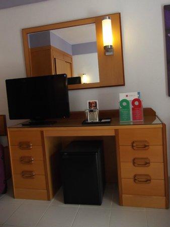 Hotel Riu Don Miguel: TV gratuíta y Minibar (GENIAL)