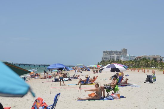 Beachside Village Resort: Lauderdale by the Sea beach 4th of July weekend