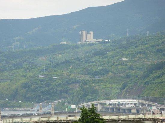Hilton Odawara Resort & Spa: view of hotel from Odawara castle