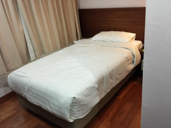 Tune Hotel Waterfront Kuching: Bed in Single Room