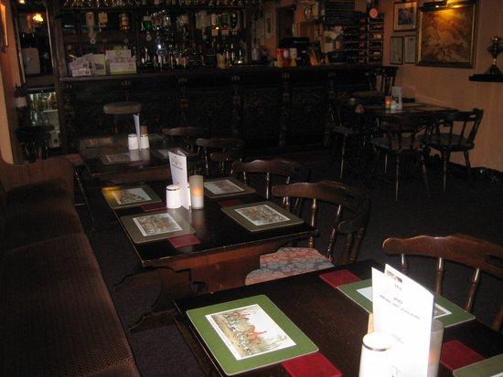 The Salutation Inn: bar and eating area