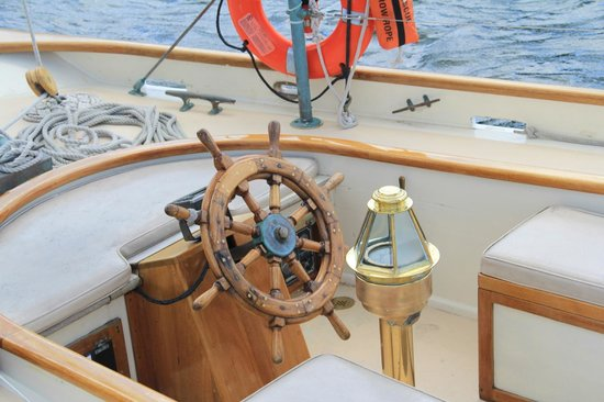 Schooner Excursions, Inc. - Day Tours : The Wheel