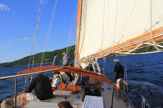 Schooner Excursions, Inc: Sailing on Lake Seneca