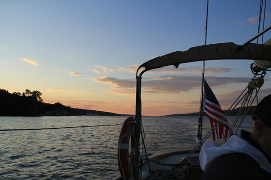 Schooner Excursions, Inc: Sun is setting