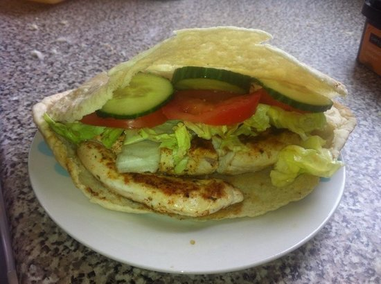 Sheri's Cafe: Seasoned chicken breast in pitta with salad and optional sweet chilli