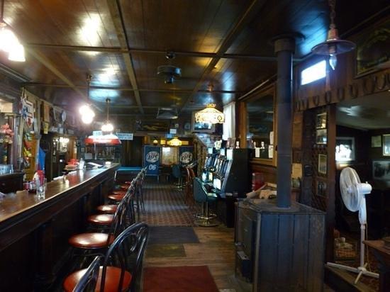 Santa Fe Motel and Saloon: The Santa Fe Saloon, Goldfield