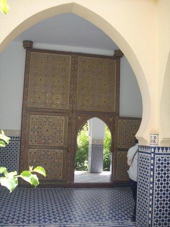 Moulay Ali Cherif Mausoleum: Mausoleum Entrance