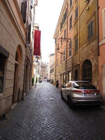 Duca D'Alba Hotel: Duca D'Alba outside