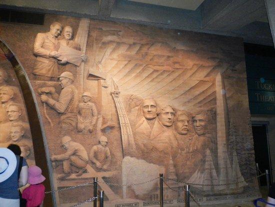 Gateway Arch : Museum items