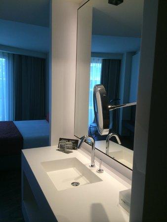 Olivia Balmes Hotel: Sdb