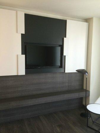 Olivia Balmes Hotel: TV