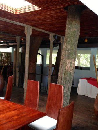Arenas del Mar Beachfront & Rainforest Resort: Main restaurant