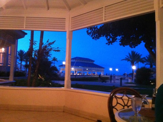 Melia Nassau Beach - All Inclusive: View from Dining Area