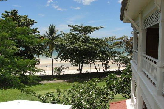Centara Grand Beach Resort & Villas Hua Hin : Blick aus Zimmer 259