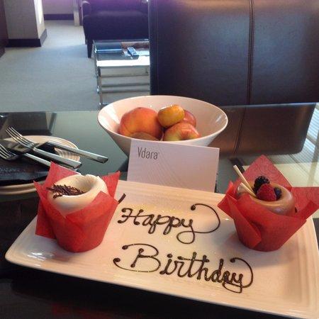 Vdara Hotel & Spa: Special birthday treat from Vdara management