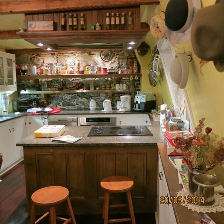 Maison La Chapeliere : Perfect for people like to cook.