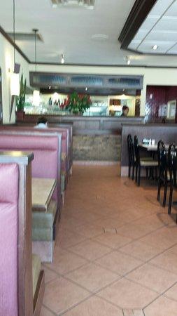 Restaurant L'etoile De Mirabel
