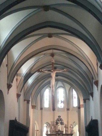 Cattedrale di Santa Maria Assunta: La navata centrale
