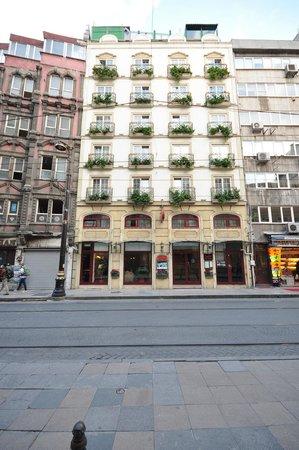 Orient Express Hotel: Exterior