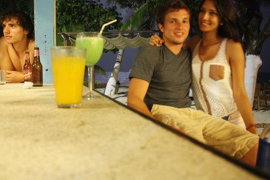 Cocoplum Beach Hotel : Bar