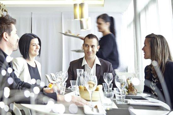 Novotel Avignon Centre : Restaurant