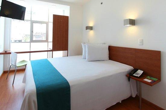 One Ciudad De Mexico Alameda: Superior Queen Room