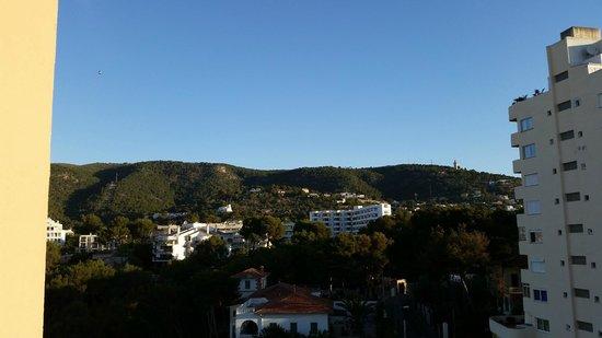 Hotel Blue Bay: widok na gory na lewo