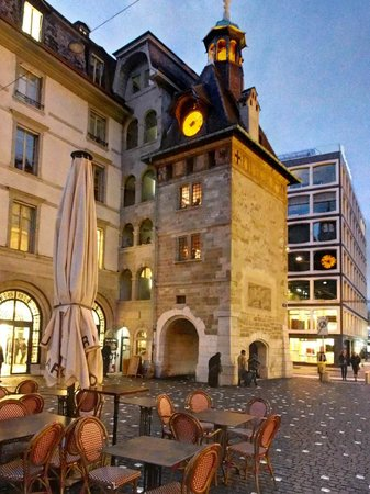 Hotel Beau-Rivage Geneva: Clock Tower