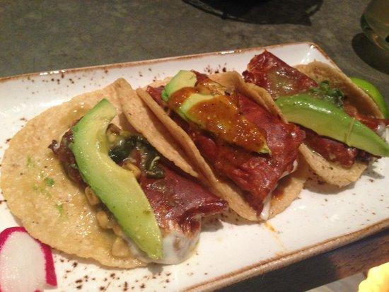 Puesto Mexican Street Food: Taco trio