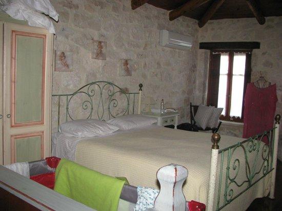 Paliokaliva Village: Bedroom 2