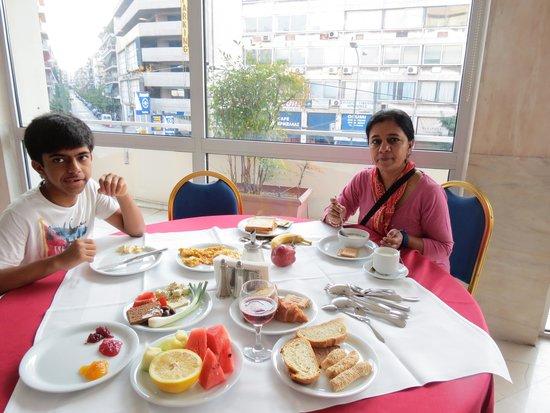 Stanley Hotel: breakfast