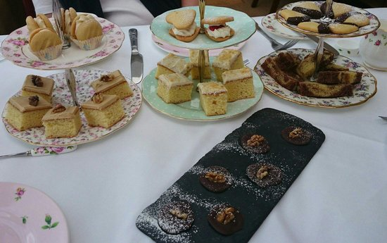 Ariel House: Afternoon tea home baked treats