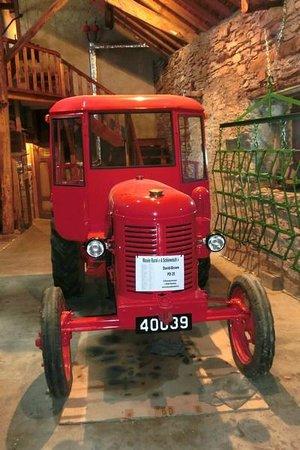 Musee Rural a Schiewesch : Traktor BJ.1956