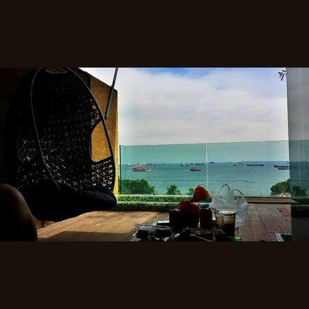 Siloso Beach Resort Sentosa: Fantastic view