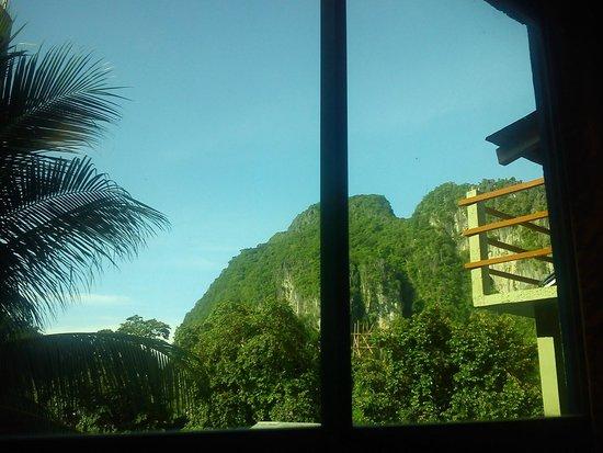 Hotel Garnet: view from room 15 3rd floor