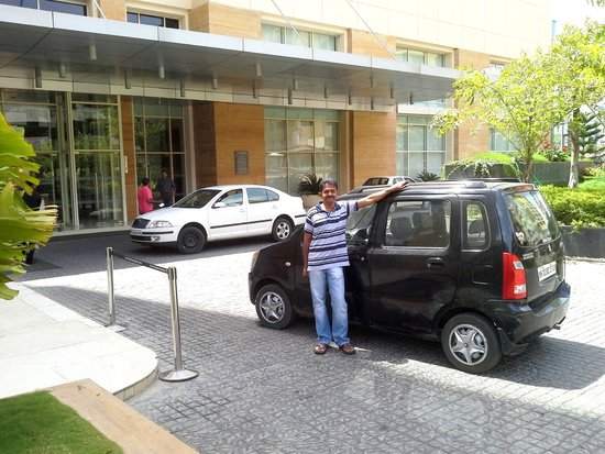 Four Points By Sheraton Hotel & Serviced Apartments, Pune: Hotel entrance