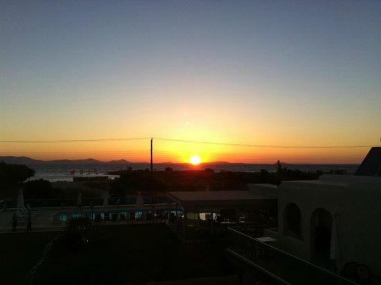 Princess of Naxos: Tolle Sonnenuntergänge von der Hotelterrasse