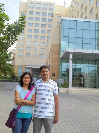 Four Points By Sheraton Hotel & Serviced Apartments, Pune: Hotal bldg view