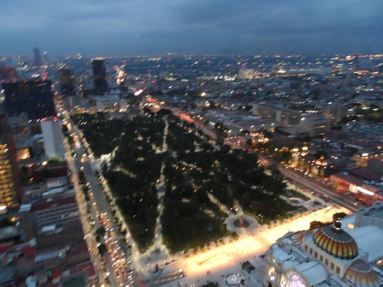 Torre Latinoamericana: A view of Mexico City