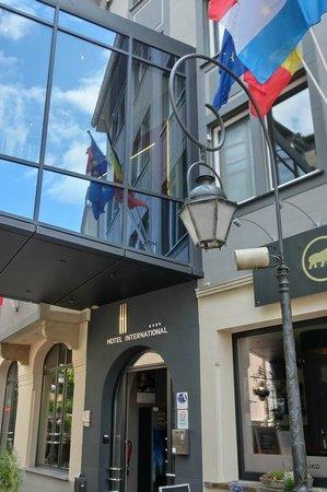 Hotel International : Hoteleingang