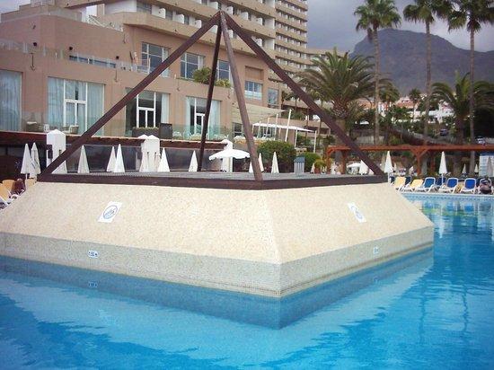 Iberostar Bouganville Playa: piscina vista mare