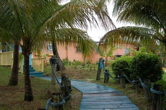 Banana Bay: building exterior