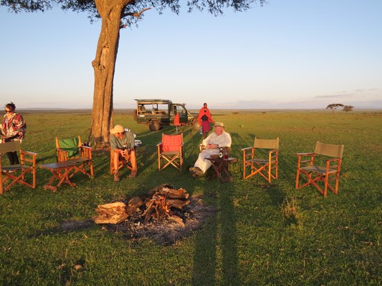 Offbeat Mara Camp: Sundowner